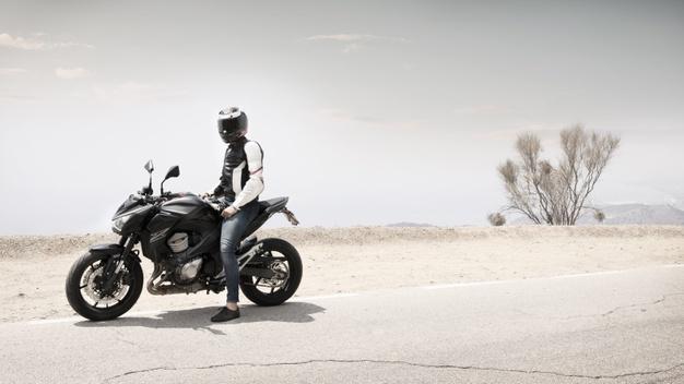 هزینه گواهینامه موتور سیکلت و رانندگی در جاده